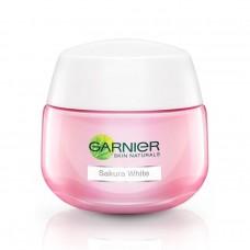 Garnier Sakura White Pinkish Radiance Moisturizing Cream SPF21/PA+++ 50ml